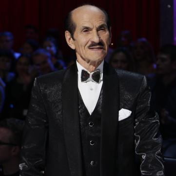 Плакали всі: 89-річний Григорій Чапкіс зворушив вальсом, присвяченим молодій коханій