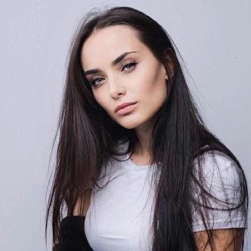«Уже привыкла»: Ксения Мишина рассказала о киносценах в постели