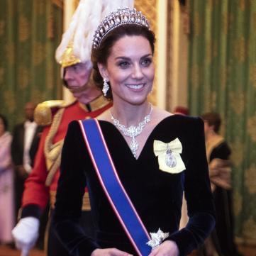 Кейт Миддлтон в жемчужной тиаре принцессы Дианы посетила званый вечер