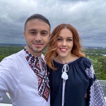 Тарас та Олена Тополя