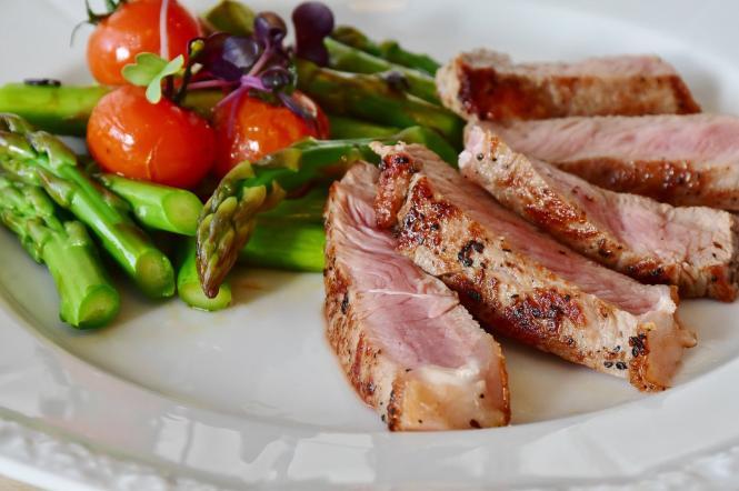овочі і м'ясо