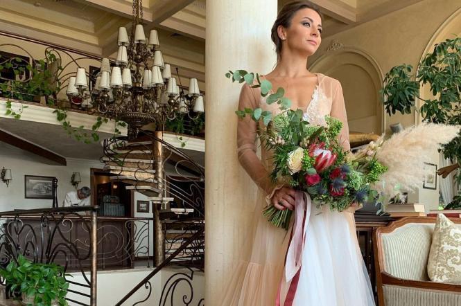 """Ілона Гвоздьова з """"Танців з зірками"""" зі своїм чоловіком весілля"""