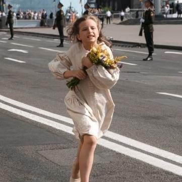 Есения Селезнева парад