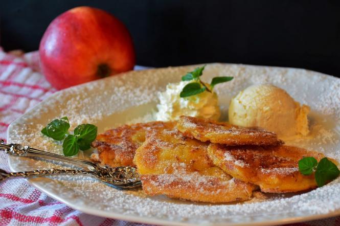 рецепт приготування дерунів з яблук