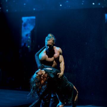 выступление Алексея Суровцева в первом єфире танцев со звездами
