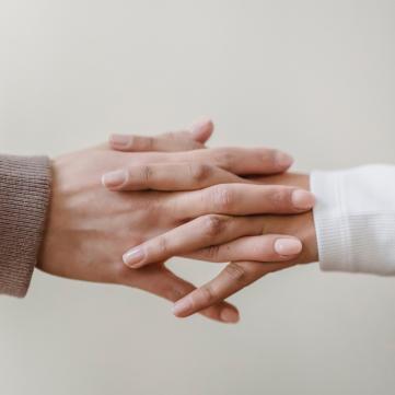 хрускіт пальців