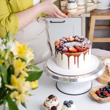 Привітання з Міжнародним днем кухаря та кулінара 2021