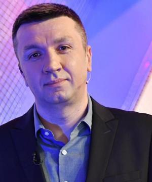 Сергій Іванов – ведучий суспільно-політичного ток-шоу «Право на владу», журналіст, письменник, блогер.