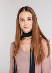 Карина Столаба
