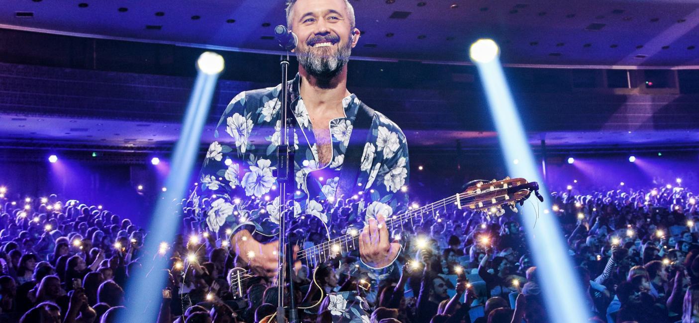 Телеканал «1+1» покаже концерт Сергія Бабкіна, під час якого він виконав хіти зі свого альбому «Музасфера»