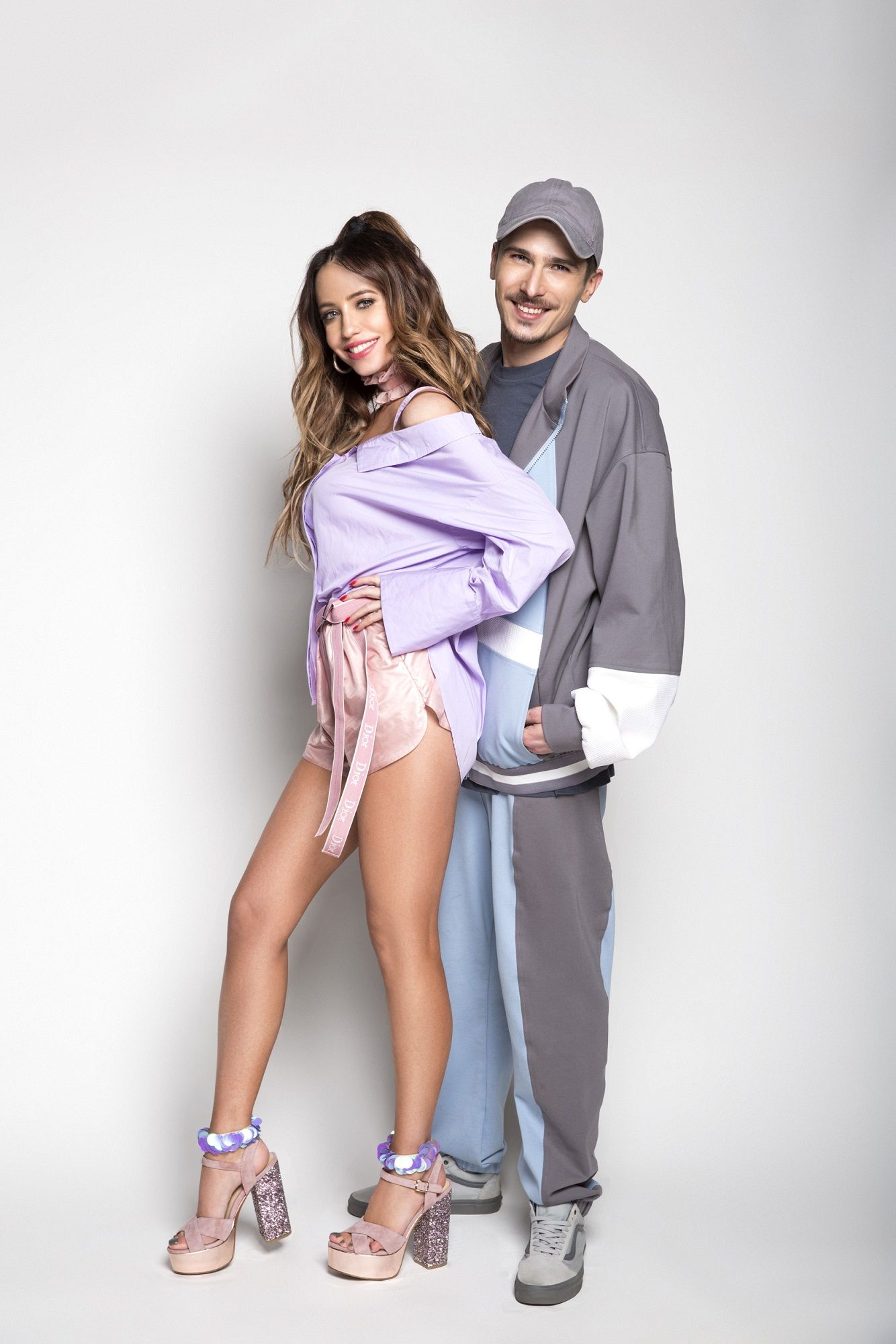 Фото голая Анджелина Джоли и журналы
